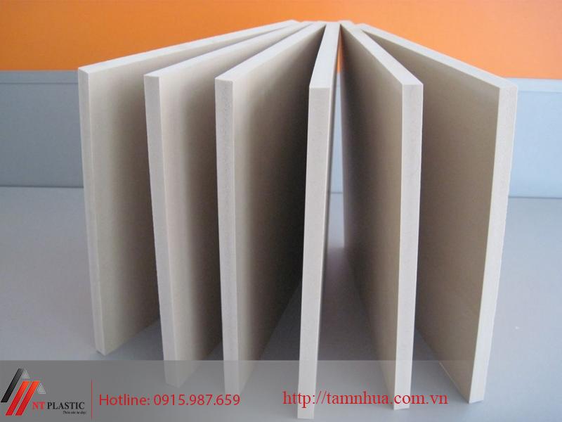 Tấm nhựa PVC màu trắng ngà