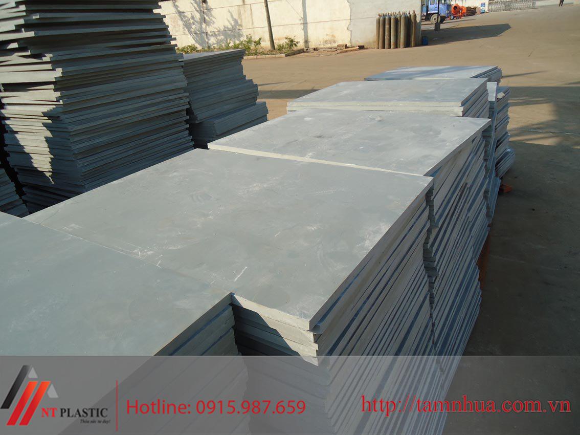 Tấm Pallet PVC cho gạch không nung