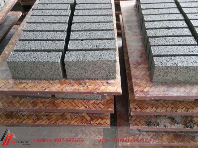Tấm Pallet tre sử dụng trong sản xuất gạch không nung